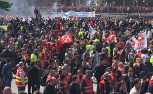 le-havre-plus-de-10-000-manifestants-contre-la-loi-travail.jpg